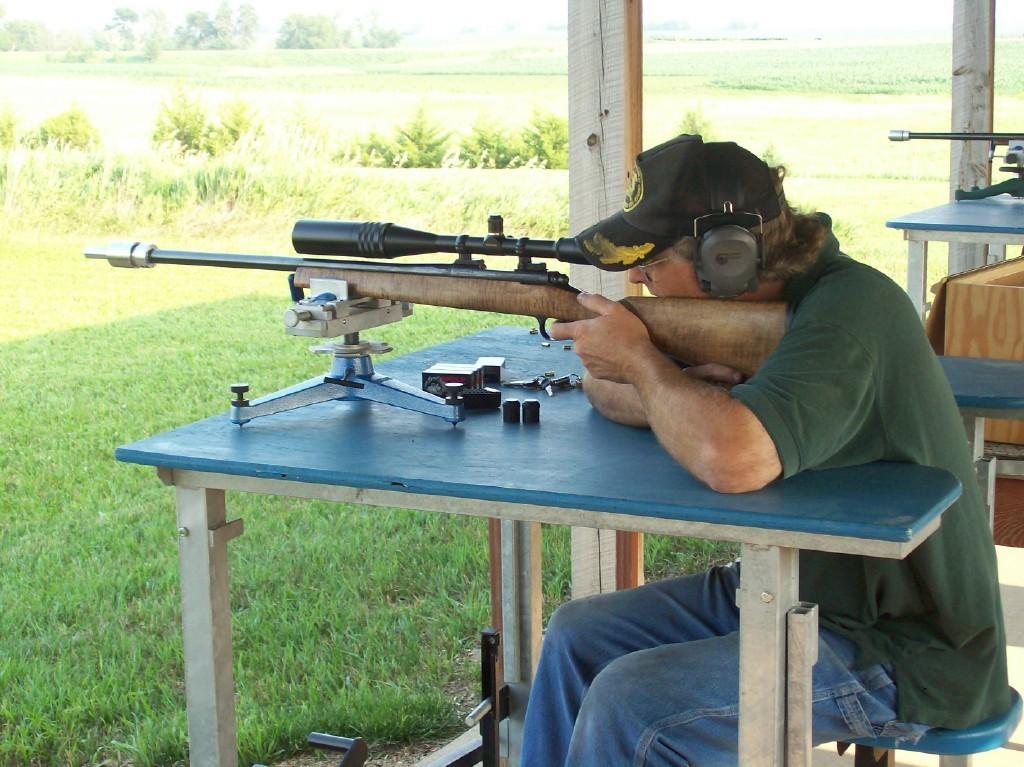 Benchrest Shooting  (Rifle Shooting Sports)